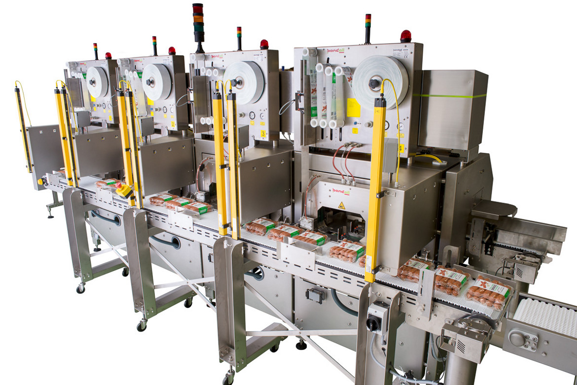 Linerless labeling or labelling machines